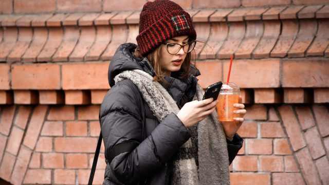 iPhone出现后,因手机受伤病例激增