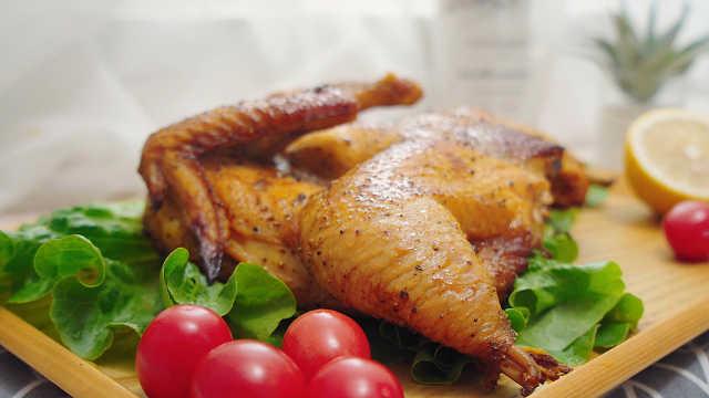 脆皮烤鸡!今年份的圣诞大餐!