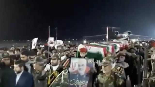 伊朗少将遗体回国,大批民众哀悼