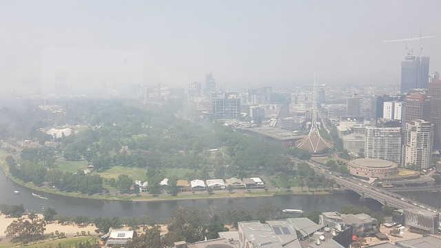 在澳华人:空气质量差,呼吸都困难