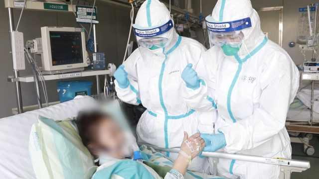 肺炎患者脱离危险,点赞白衣天使