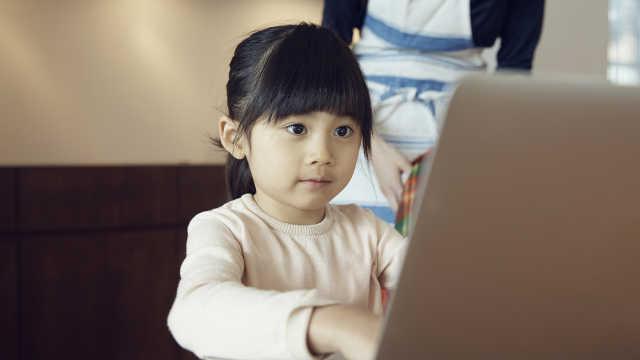 各大线上教育平台提供免费直播课程