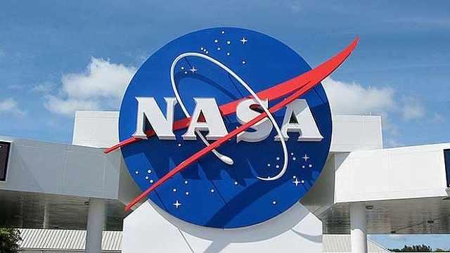 NASA暂时关闭两个火箭基地,美国重返月球计划遇阻