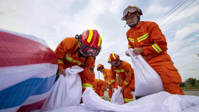 九江湖口收到社会捐赠编织袋:此前发公告紧急募捐