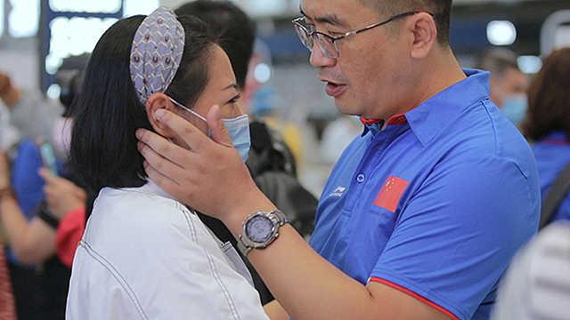 直击|等你们平安归来!中国第二十八批援几内亚医疗队出征
