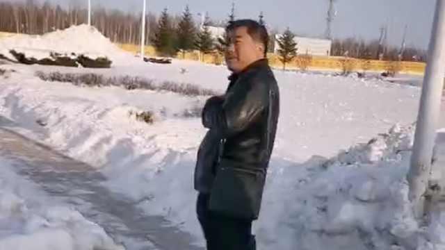 穿人字拖到漠河的深圳游客是名交警:下飞机没换鞋,并不感觉冷