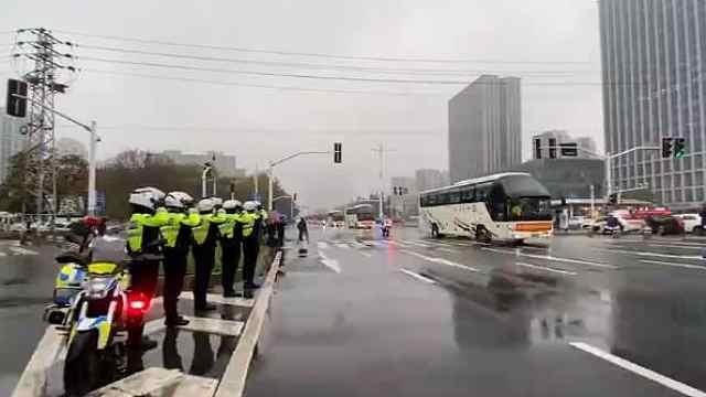 最高礼遇!南京全城致敬抗疫英雄