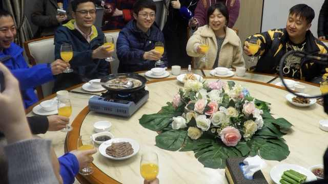 雷神山医护吃上蒙古国羊肉:做成一桌羊肉宴,没膻味很好吃