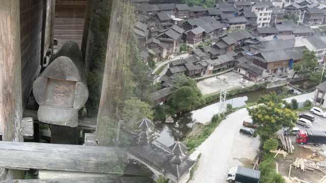 千年神秘侗寨粮仓下堆满棺材,人出生时就开始备木料