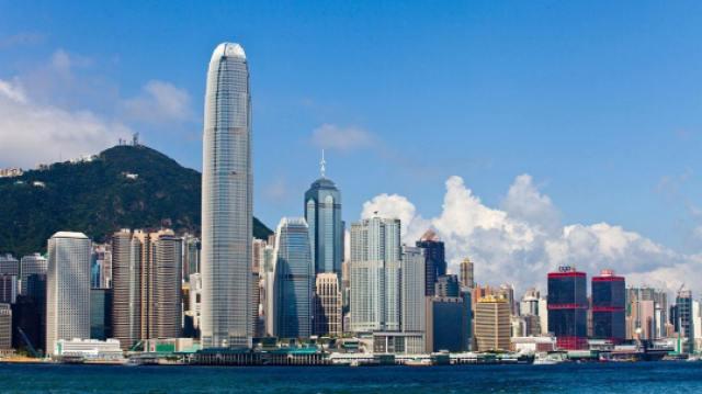 见证香港金融大时代