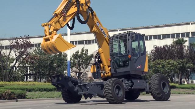挖掘机竟然会变形,地震救灾必备