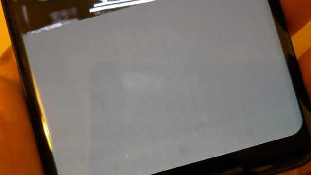 Pixel 2XL屏幕又曝烧屏问题