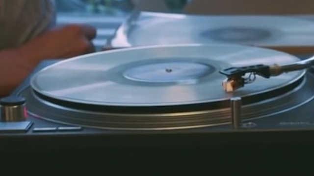 把骨灰制成黑胶唱片,留给后人品味