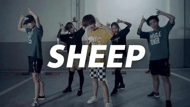 张艺兴《SHEEP》热血编舞帅气可爱