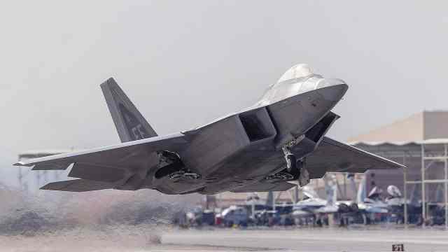 【武器排行榜】飞的最高的战斗机