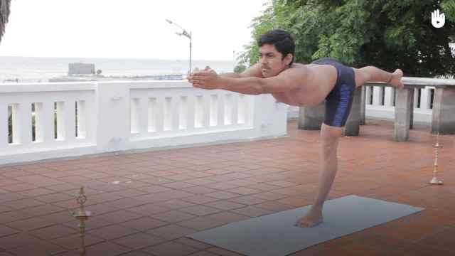 印度古式瑜伽教学:单腿平衡式