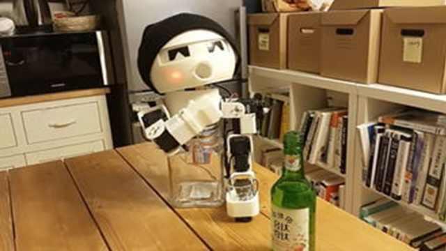 陪喝酒的机器人?不用一人饮酒醉了