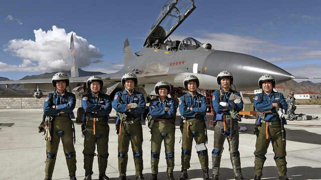 中国近百名飞行员参加实战大赛