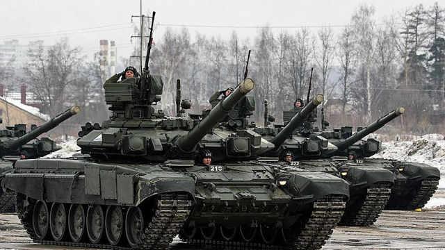 俄罗斯为何连夜集结部队