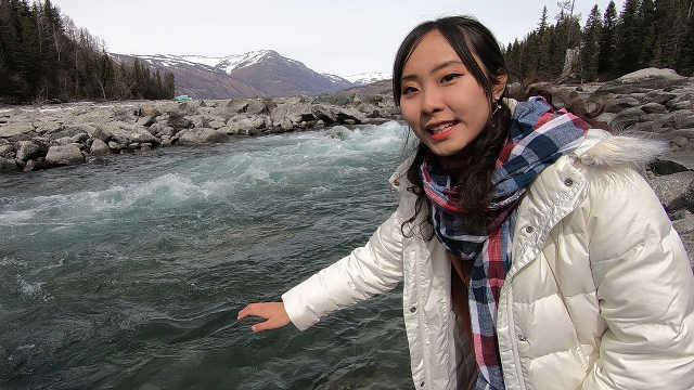 徒步6小时,探秘新疆最美湖泊