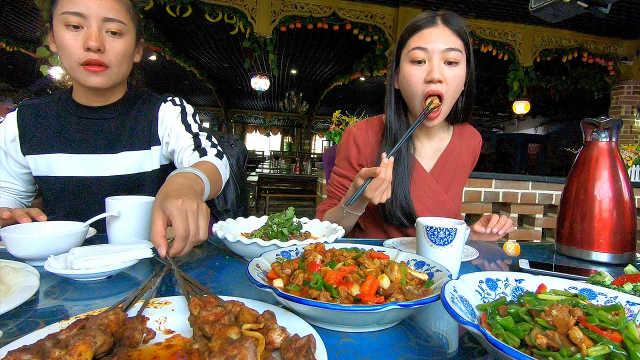 新疆吐鲁番美食太美味!
