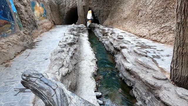 新疆坎儿井:中国古代三大工程之一