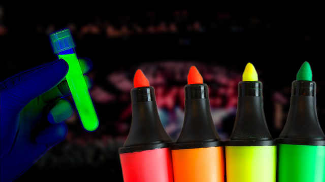 荧光笔真的会发光!还能吸收紫外线