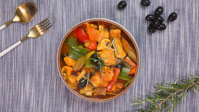 开胃茄汁烩鸡肉,酸酸甜甜真下饭!