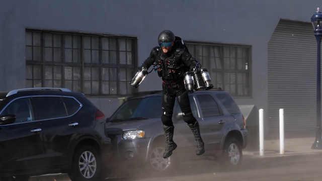 现实版钢铁侠飞行器,飞行速度惊人