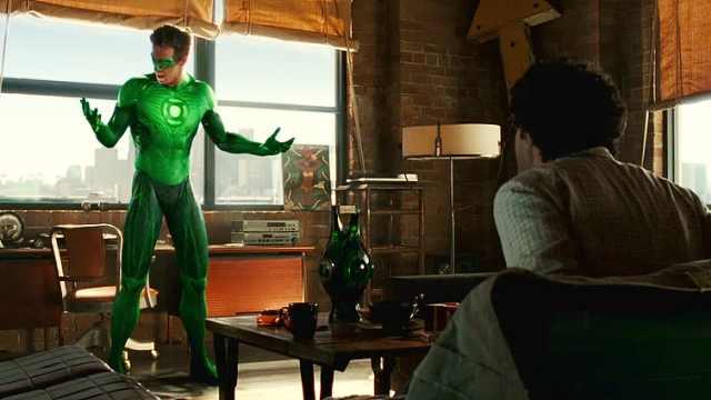 美国超级英雄,只要变身就冒绿光