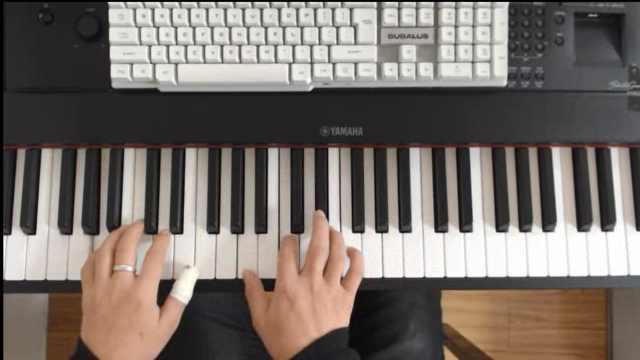 我唱了一首纯钢琴版的《那些年》