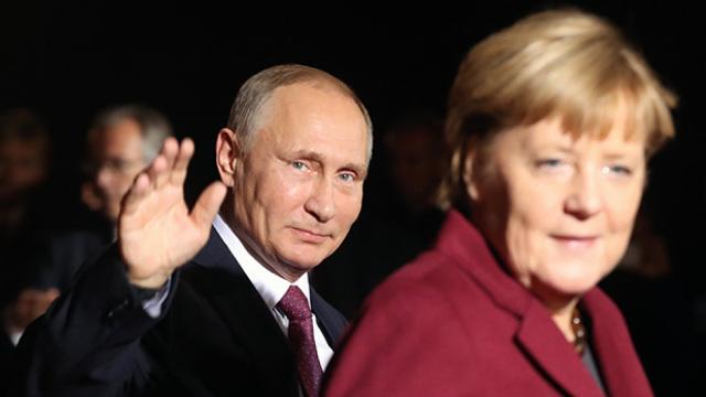 普京:俄愿意有条件阿勒颇终止空袭