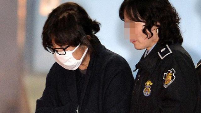 現場畫面曝光:韓國法院逮捕崔順實
