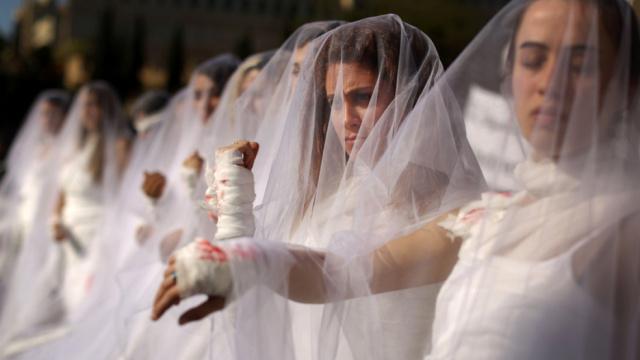 强奸结婚免罪?黎巴嫩女孩上街抗议