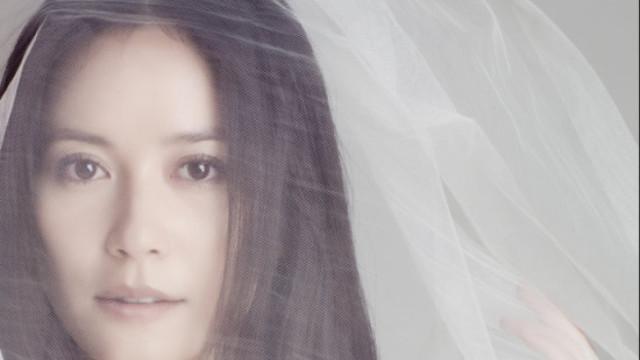 俞飞鸿自曝热恋中,婚姻应自然而然