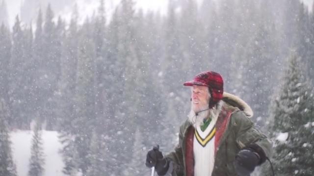 没水电,他在木屋看了40年雪,没腻