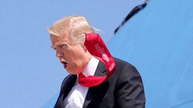 川普为何老系这条Low爆了的领带?