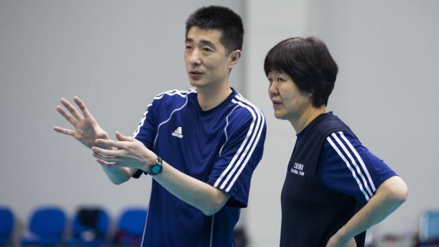 郎平现身女排首训:东京奥运要冲牌