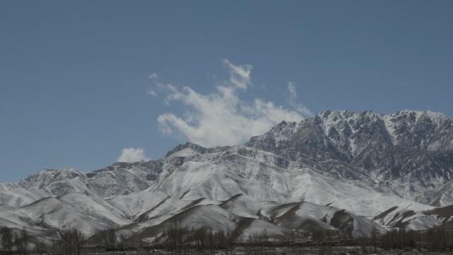 鸟瞰雪山大峡谷,曾为电影外景地