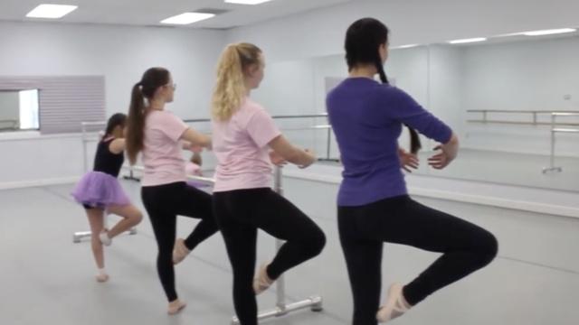 他们为唐氏症儿童免费上芭蕾舞课