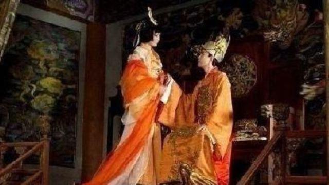 此皇帝为两妃服神丹,最终暴毙!