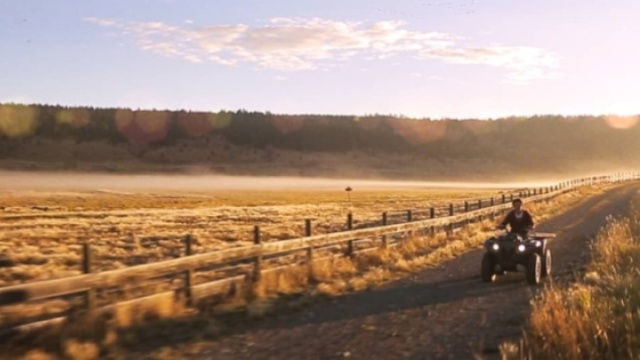 驰骋在24000亩农场,回归田园生活