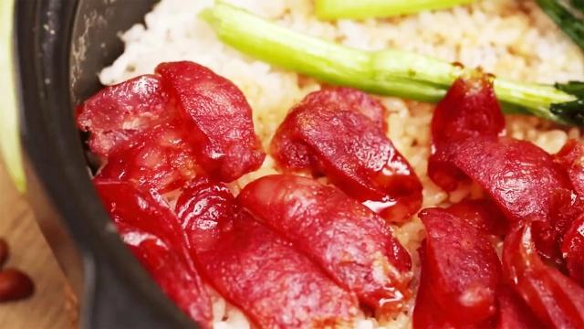 广东的煲仔饭,这样做味道一绝!