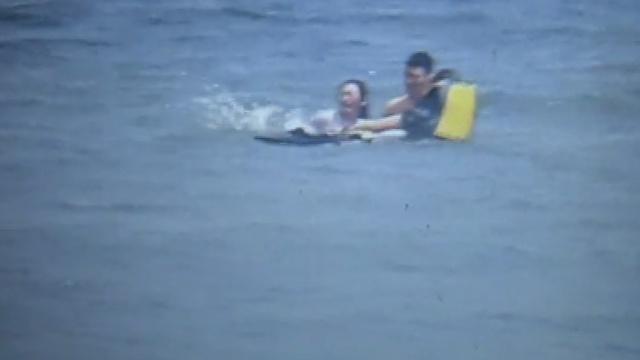 女子酒后投海轻生,男友下水劝不住