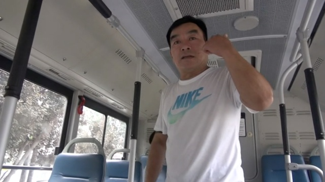 乘客突然昏厥抽搐,公交秒变救护车