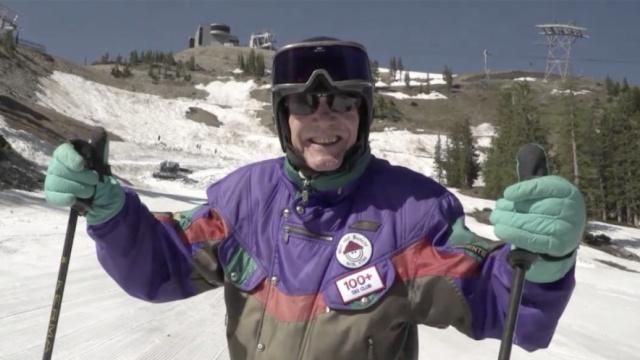 他滑了半辈子雪,又滑着过百岁生日