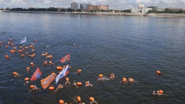 航拍:300名中俄健儿,横渡黑龙江