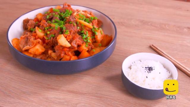 番茄土豆炖牛腩,这样做非常入味