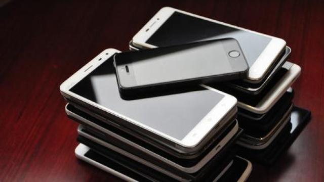 爱疯三星吃尽手机利润,国产机喝啥