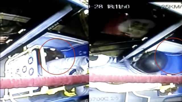 公交司机自费为乘客买坐垫,全被偷